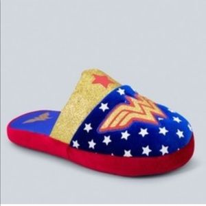 Shoes - Wonder Woman Slippers